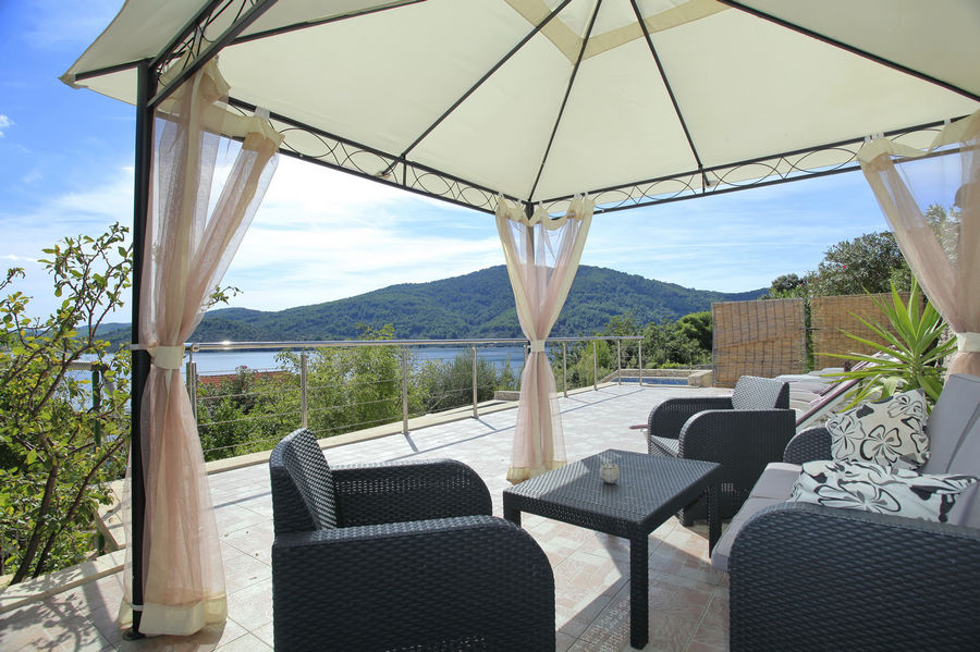 korcula-villa-vela-luka-house-for-rent-hope-05