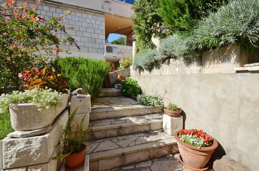 korcula-zavalatica-apartments-ranko-house-05-2016-pic-06