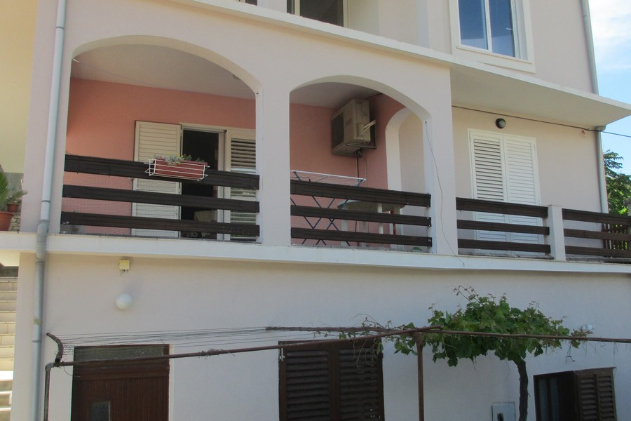 Korcula-zavalatica apartamenty toni dom-06-2016-pic-02