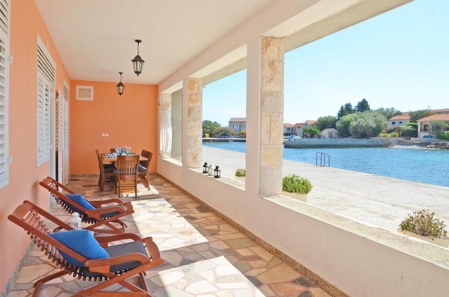 Kresimir-apartment1-terrasse-09-2017-PIC-03