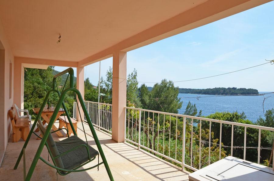 Maja-apartment1-terrasse-02