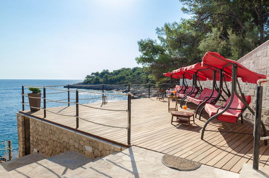 Prižbi-apartmaji-danca-plaže-salon-09-2020-pic-01