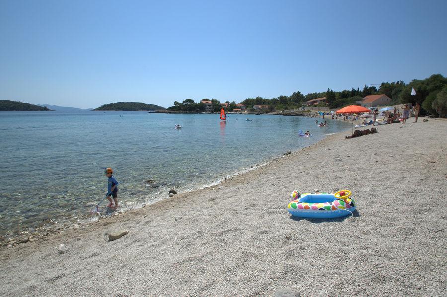 prizba-ratak-beach-zal-04