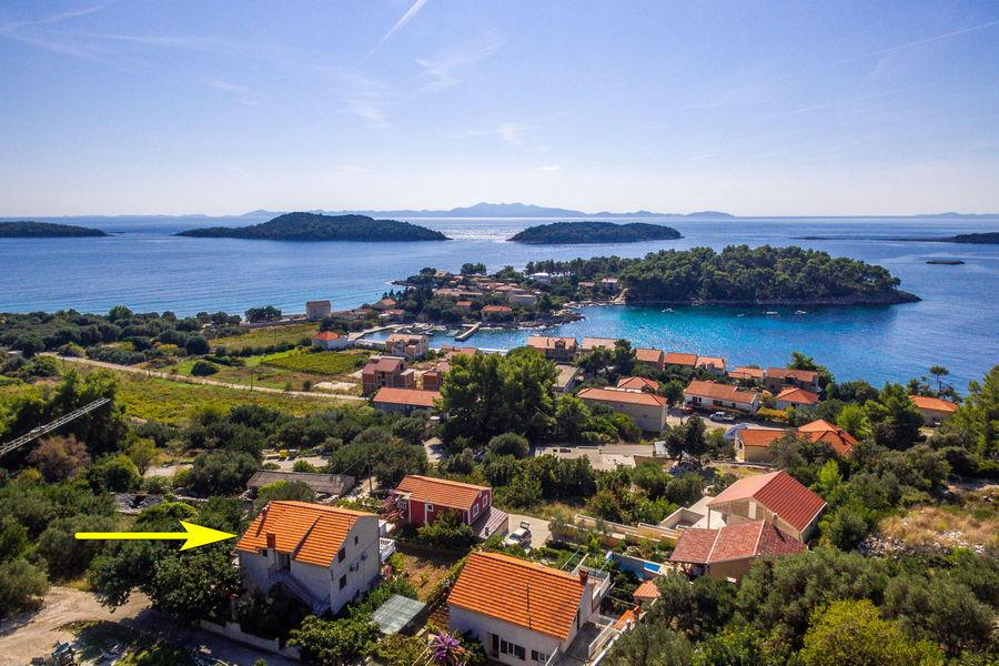 Korčula-Prižba-Apartman-Bumbu-kuća-od-zraka-03-tipke sa
