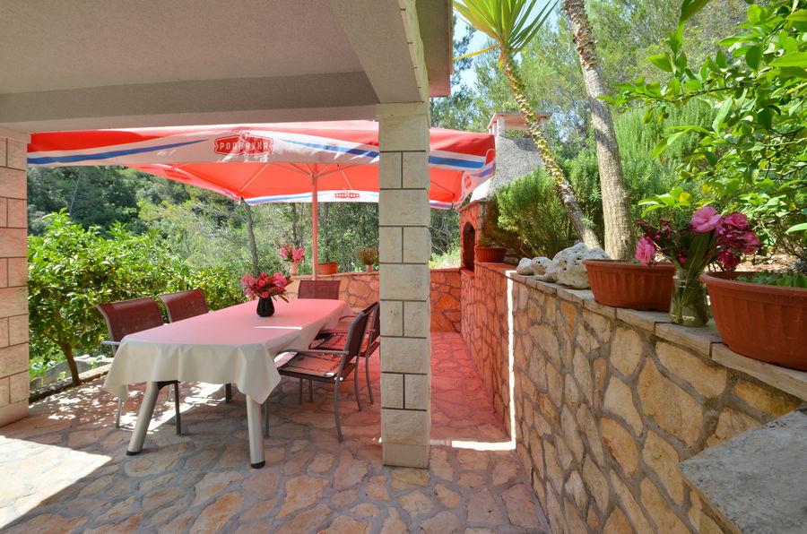 apartments-farac-grill-terrace-06-2016-pic-04
