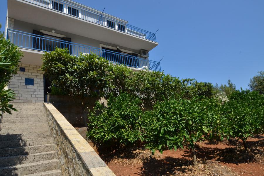 korcula-prigradica-apartments-farac-house-05