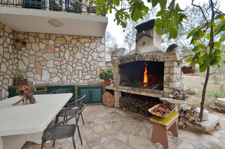 Villa katja-grill-21