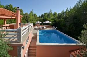 korcula-apartments-with-pool-repak-smokvica-pool-15