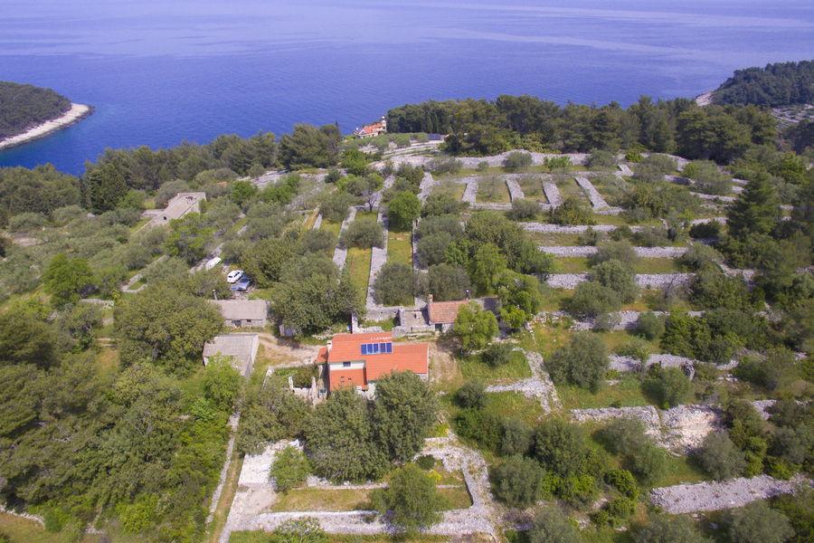 orebs-Cottage-Vela-Luka-House-Drone-11