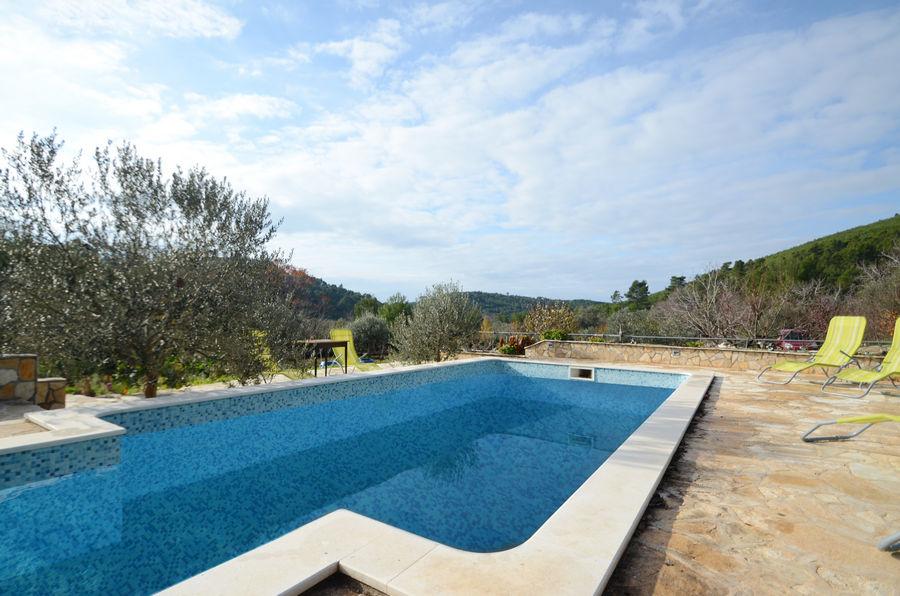 Villa katja-piscina-02