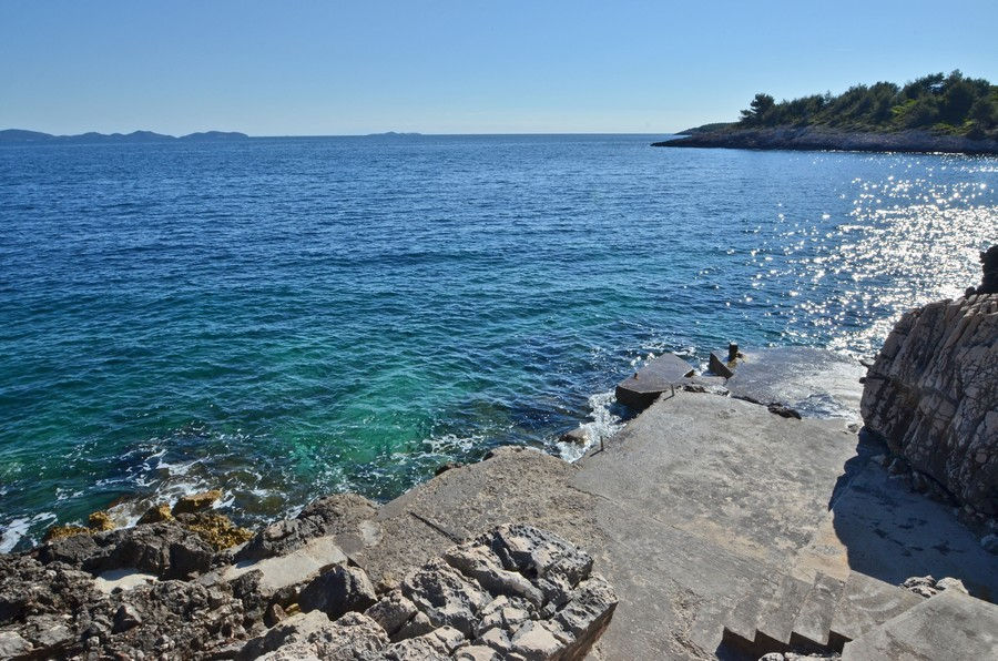 korcula-apartments-prizba-surjan-beach-05