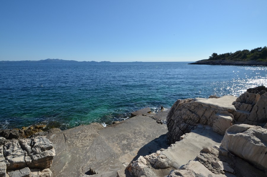 korcula-apartments-prizba-surjan-beach-06