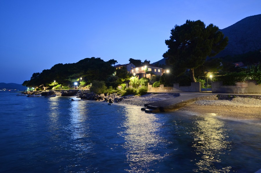 Peljesac-Orebic-Villa-Mery-House-Night-09