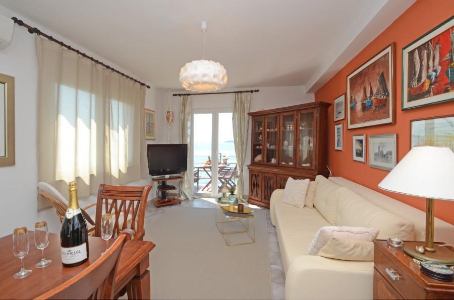 Villa-mery-Wohnzimmer-10