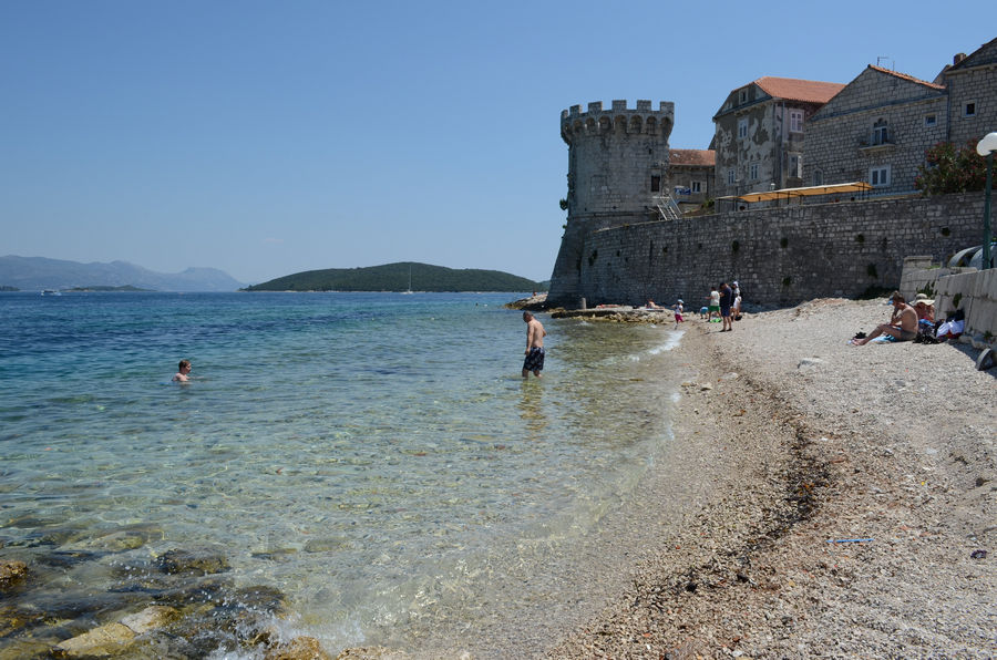 korcula-city-walls-beach
