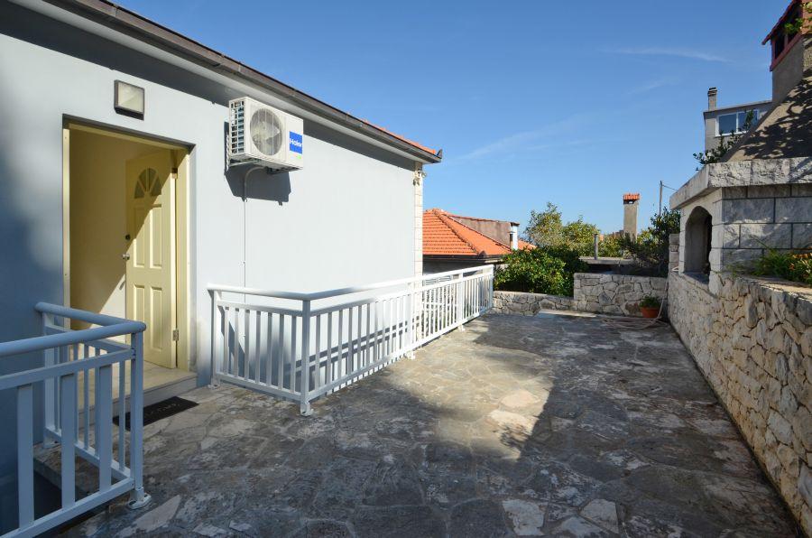 korcula-prigradica-apartments-breho-house-10