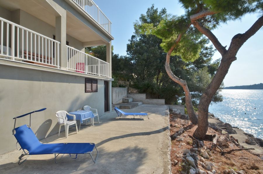 Korcula-Prizba-Apartments-Branka-House-10