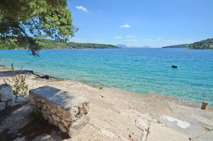 korcula-apartments-lumbarda-vukas-beach-02