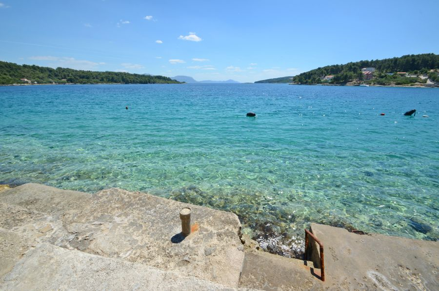 korcula-apartments-lumbarda-vukas-beach-03