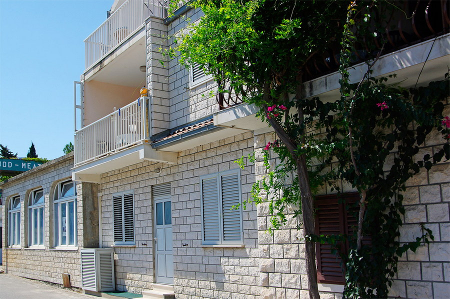 korcula-brna-apartments-tomasic-house-02