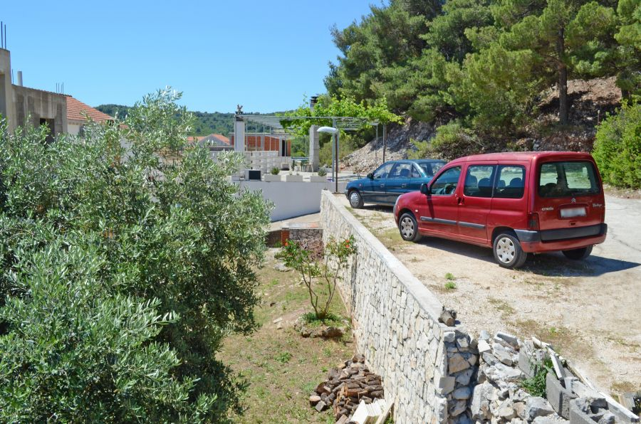 korcula-lumbarda-apartments-vukas-house-02