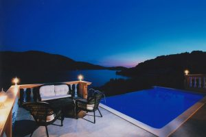 Villa-Vela-Luka-Korcula-Nina-pool-Night-01