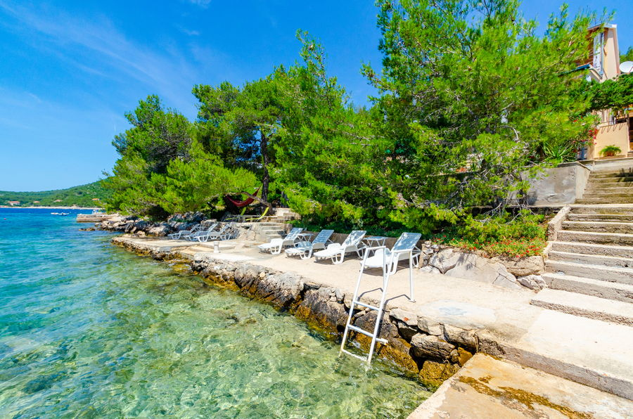 korcula-apartments-karbuni-silva-beach-06-2018-02