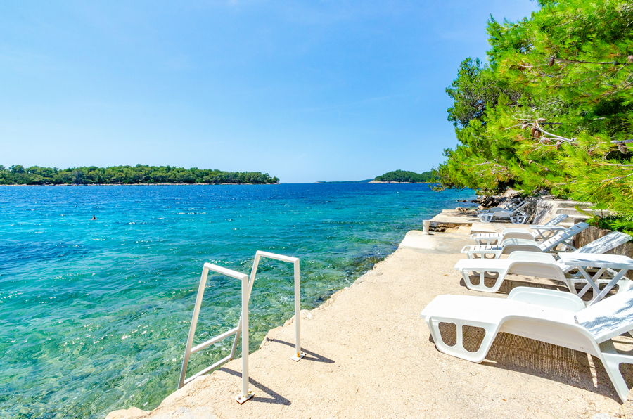 korcula-apartments-karbuni-silva-beach-06-2018-14