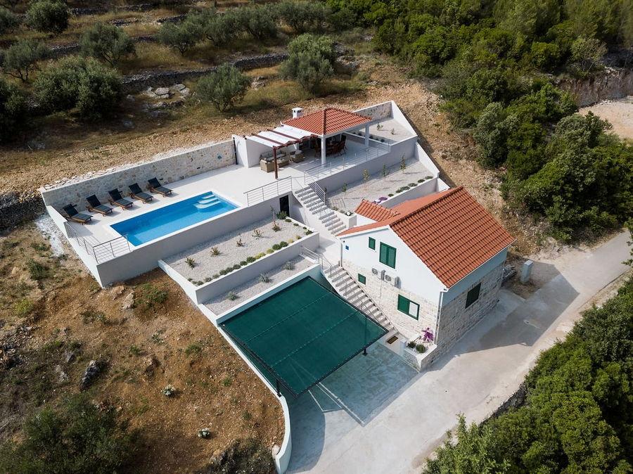 Korcula-Haus mit Pool-ileana-01