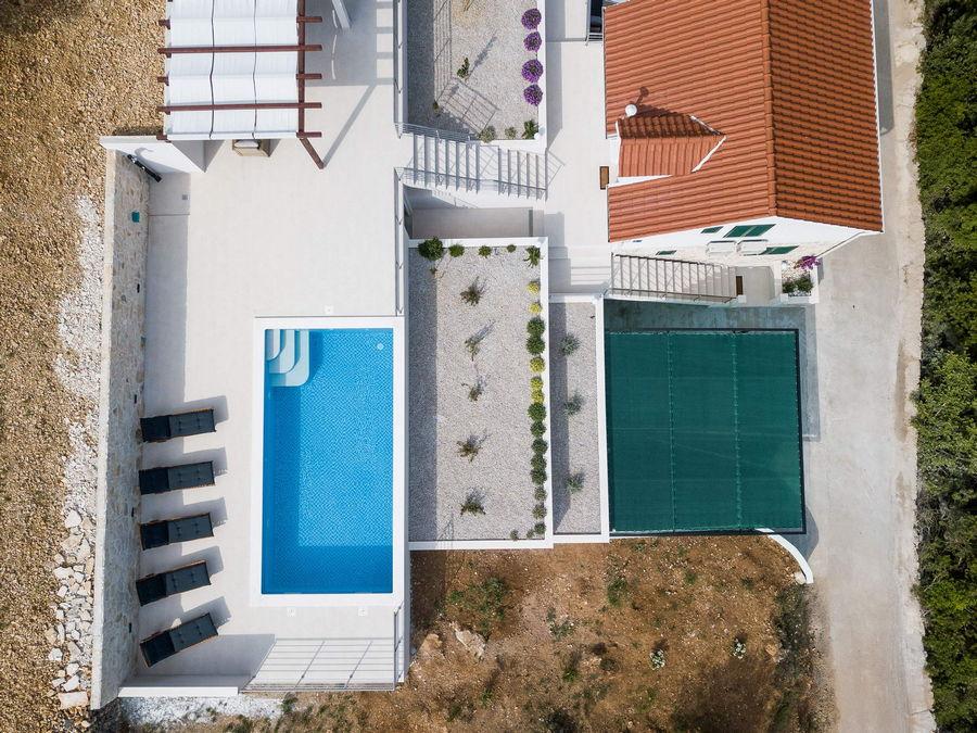 Korcula-Haus mit Pool-ileana-04