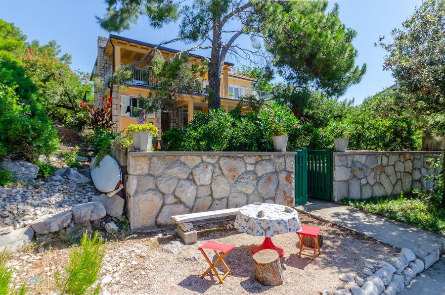 korcula-prizba-apartment-tonci-house-06-2019-pic-01