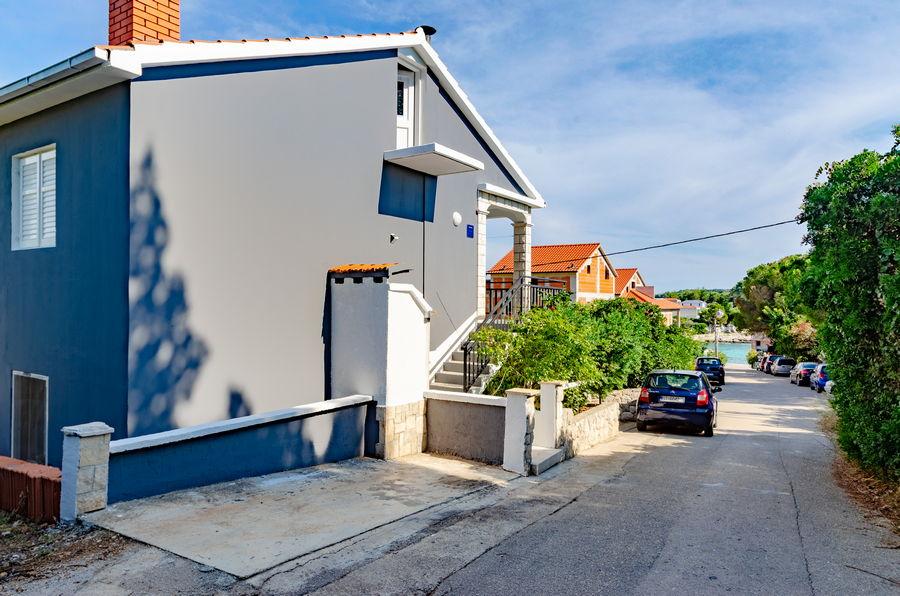 korcula-prizba-apartment-marjana-house-02