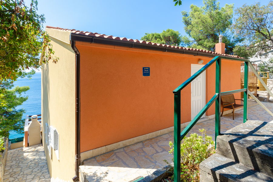 korcula-prizba-apartments-alfir-house-08-2020-pic-01