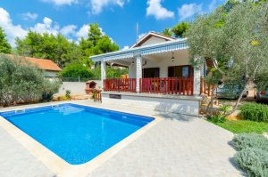 House-Vela-luka-Korcula-sasa-Pool-01