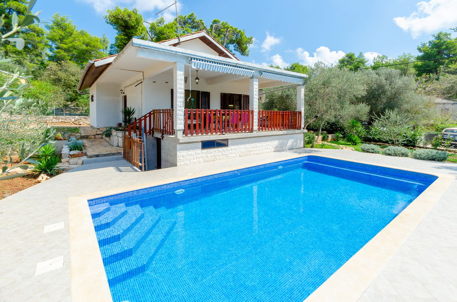 House-Vela-Luka-Korcula-sasa-Pool-02