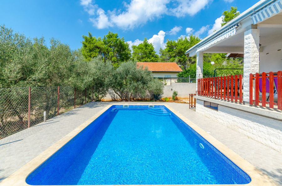 House-Vela-Luka-Korcula-sasa-Pool-03