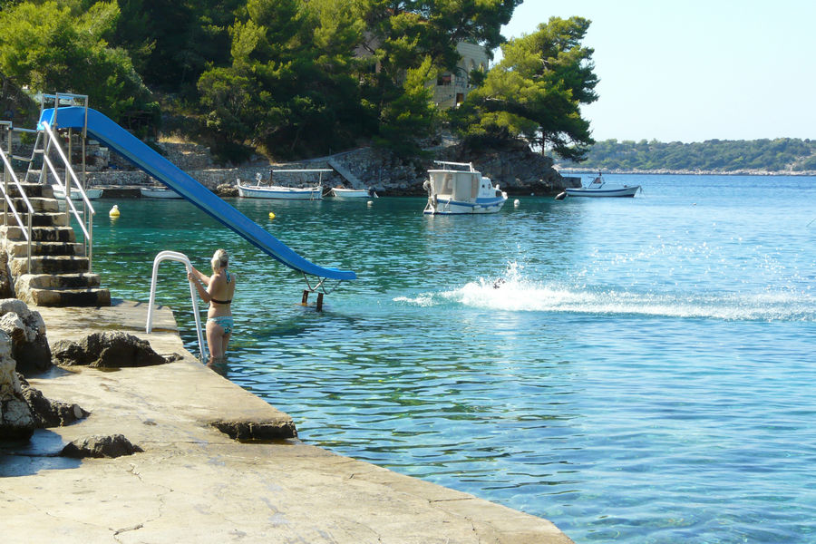 korcula-apartments-grscica-darinka-beach-03
