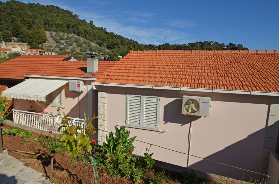 korcula-grscica-apartments-darinka-house-03