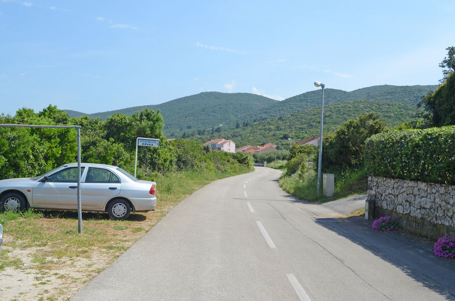 Korcula-kneze-Apartments-Cvita-House-Parking-02