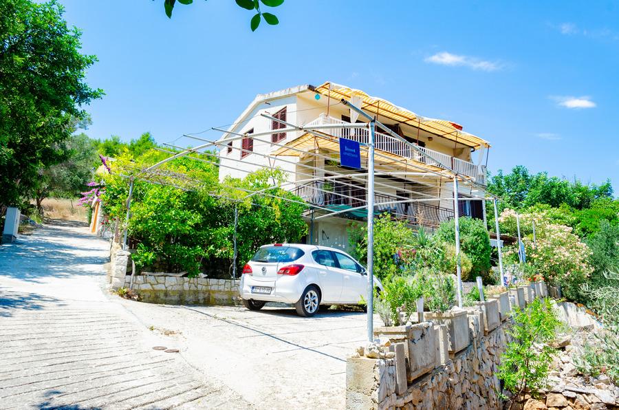Korcula-prizba apartamenty dinka-house-07-2018-pic-01