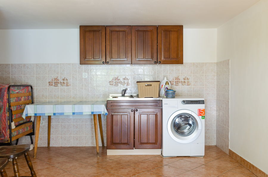 Korcula-Prigradica-kurija-Apartments-Katy-House-laundry-Services-02