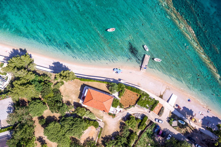 peljesac-orebic-apartments-vuletic-house-from-air-02