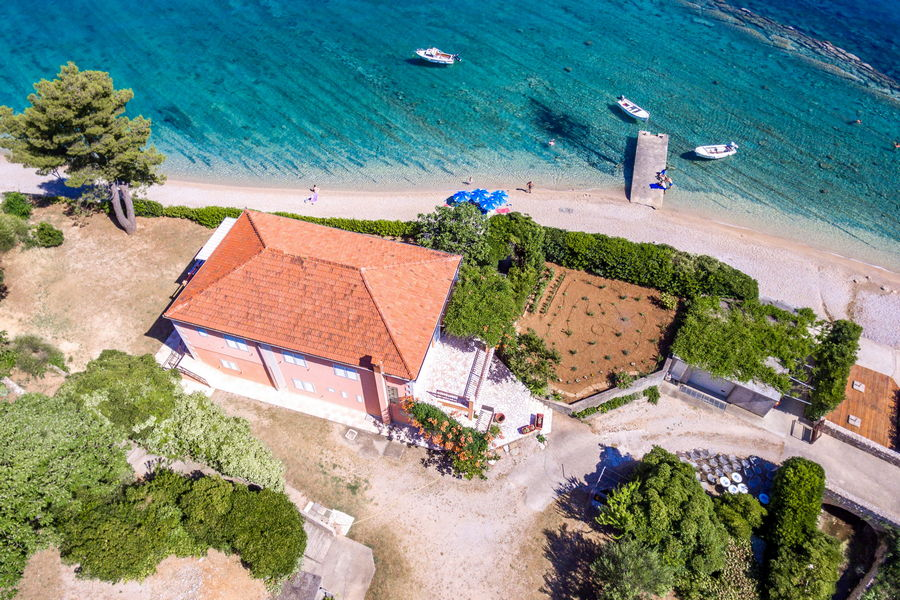 peljesac-orebic-apartments-vuletic-house-from-air-05