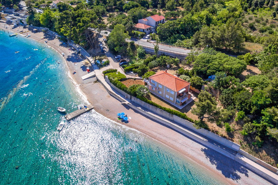 peljesac-orebic-apartments-vuletic-house-from-air-09