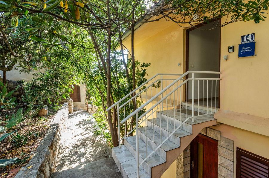 korcula-prizba-apartments-marta-diana-haus-10-2019-pic-13