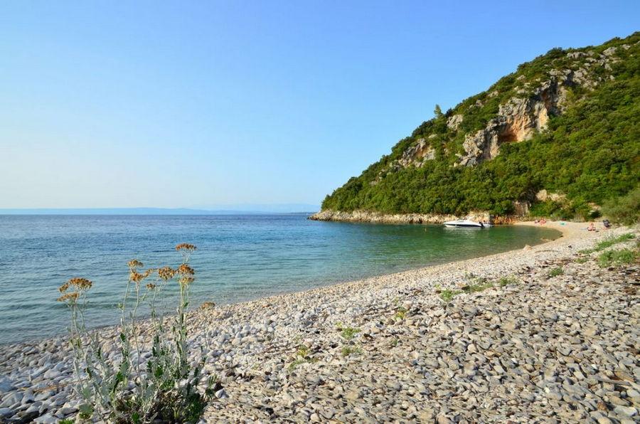 plaža-Samograd-Korčula-otok-01