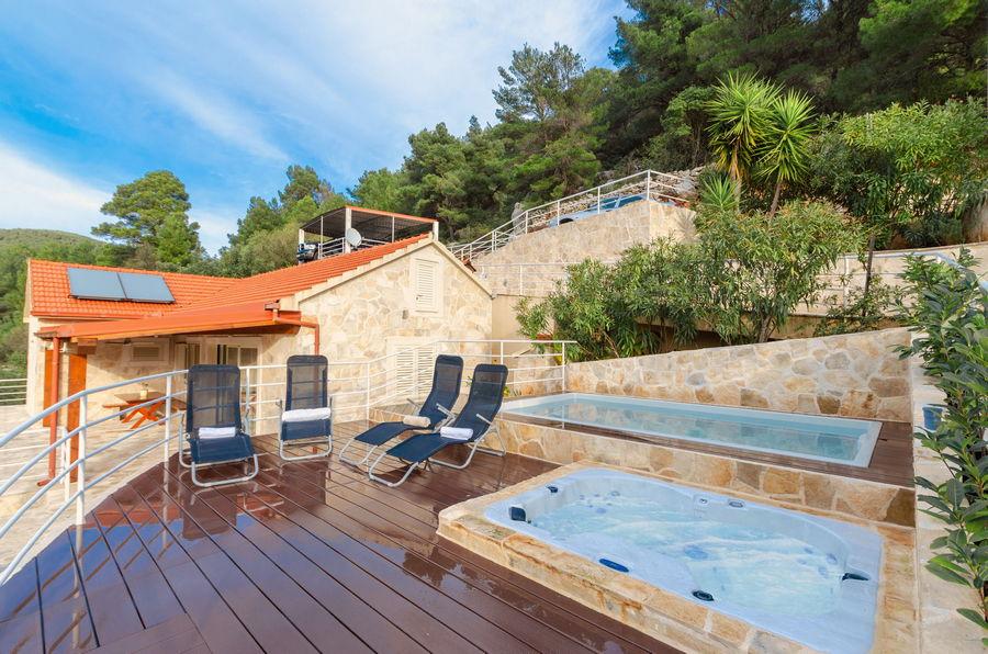 namoru-villa-grscica-terrace-pool-01
